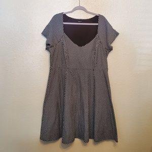 Torrid black and white polka dotted dress